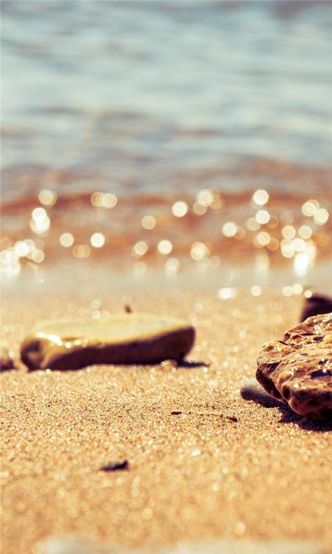 Beach pebbles Windows Phone Wallpaper