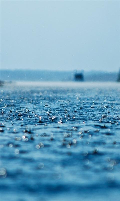 Rain on the ocean Windows Phone Wallpaper