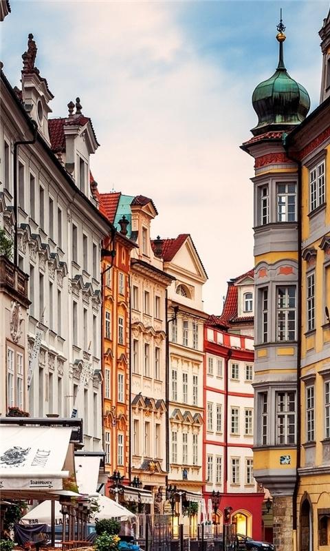 Prague Street Corner Windows Phone Wallpaper