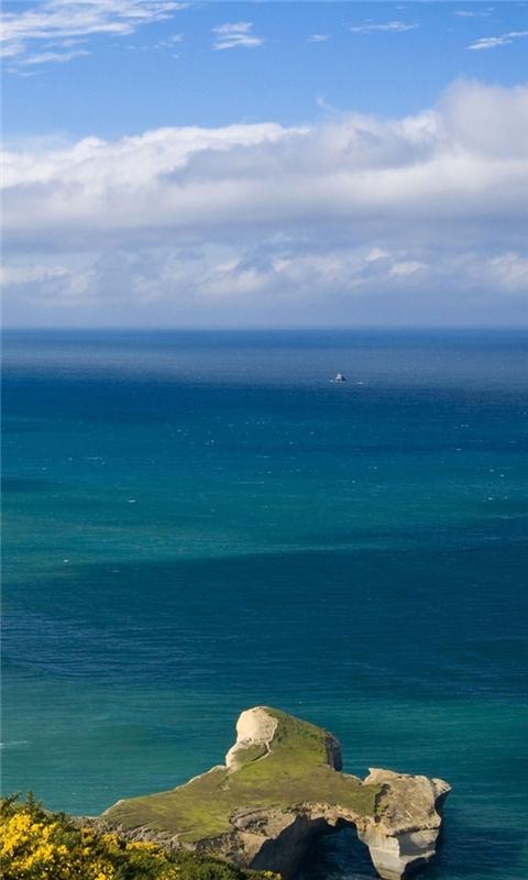Beautiful sea landscape Windows Phone Wallpaper