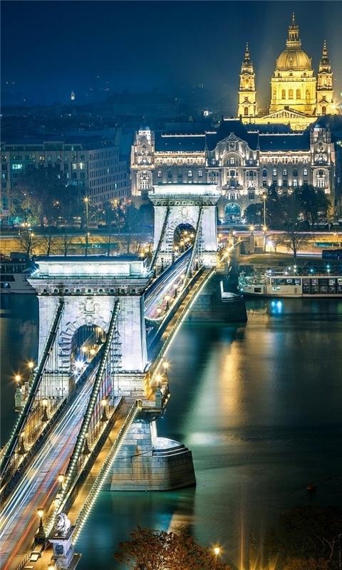 Szechenyi Chain Bridge Budapest Windows Phone Wallpaper