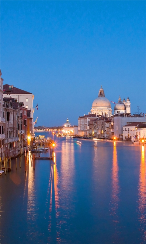 Venice at night Windows Phone Wallpaper