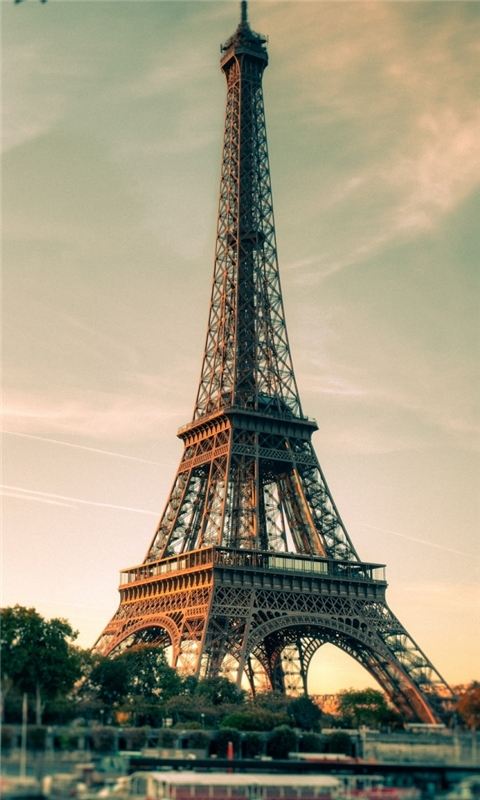 Lovely Eiffel Tower View Windows Phone Wallpaper