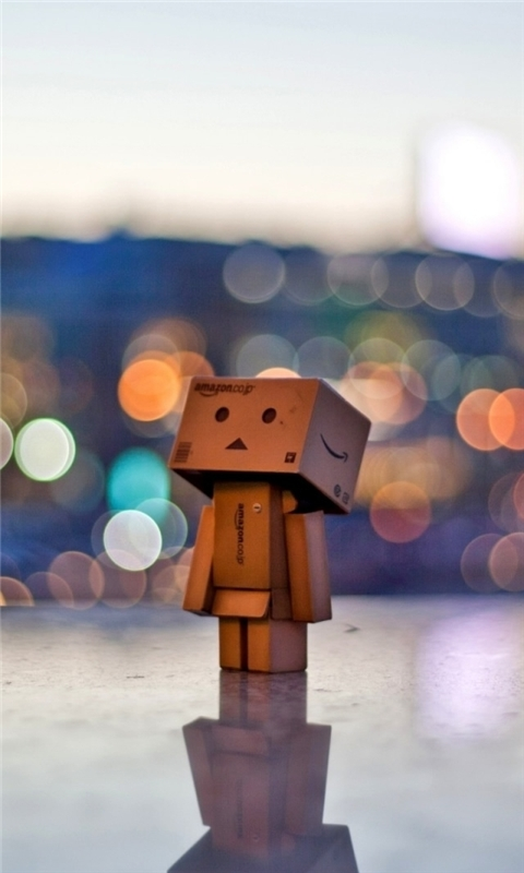 Danbo In The City Windows Phone Wallpaper