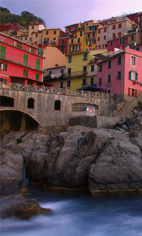 Manarola on the Mediterranean Windows Phone Wallpaper