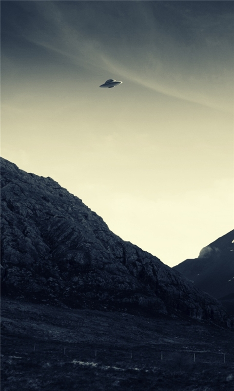 UFO Flying Windows Phone Wallpaper